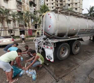 Negros americanos water shortage in Panama